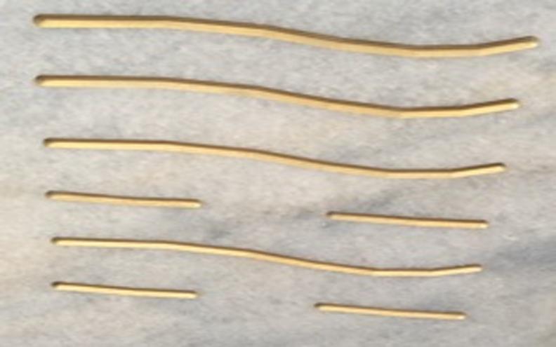 """Die 6 Linien eines Hexagramms, hier aufgebracht auf einer energetisierten Marmorplatte, um einen Raum entsprechend seiner Schwingung zu """"informieren"""". Homöopathie im Raum."""