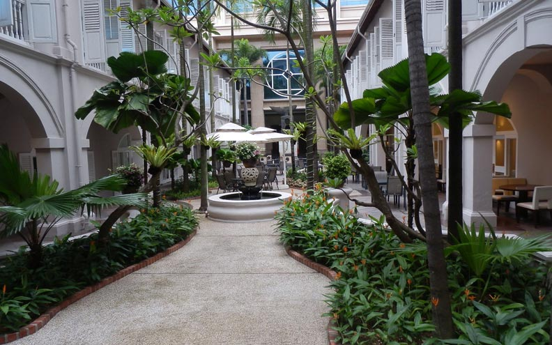 Businesses like hotels often rely on their garden and plants to attract customers and make them feel relaxed. Feng Shui can creates just the right indoor and outdoor environment to create a balance atmosphere between garden and buildings.